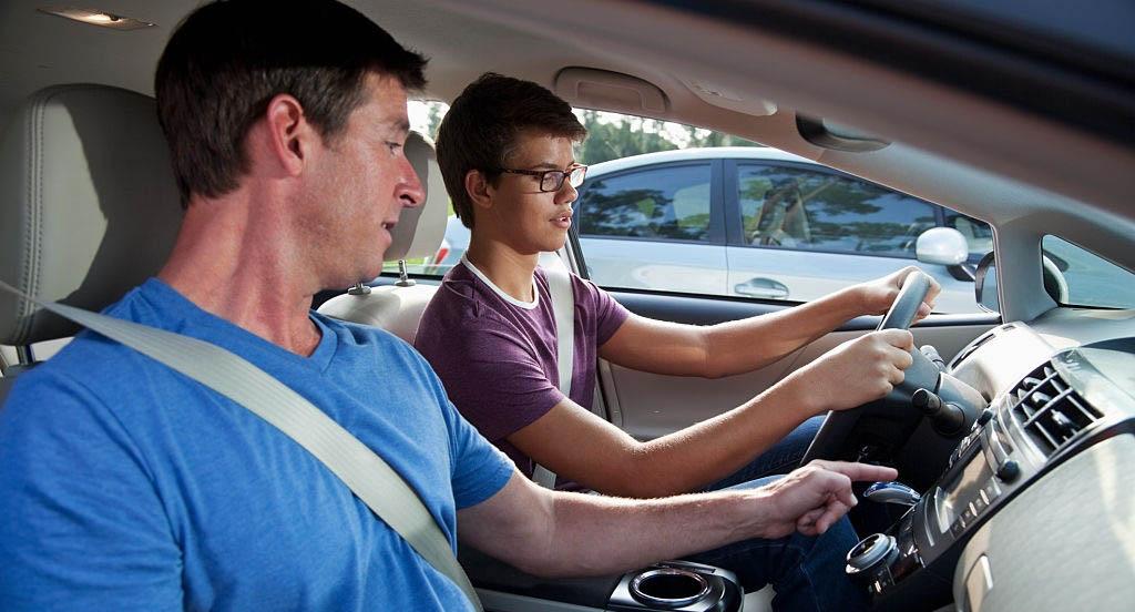 Membuat Artikel Seperti Belajar Mobil